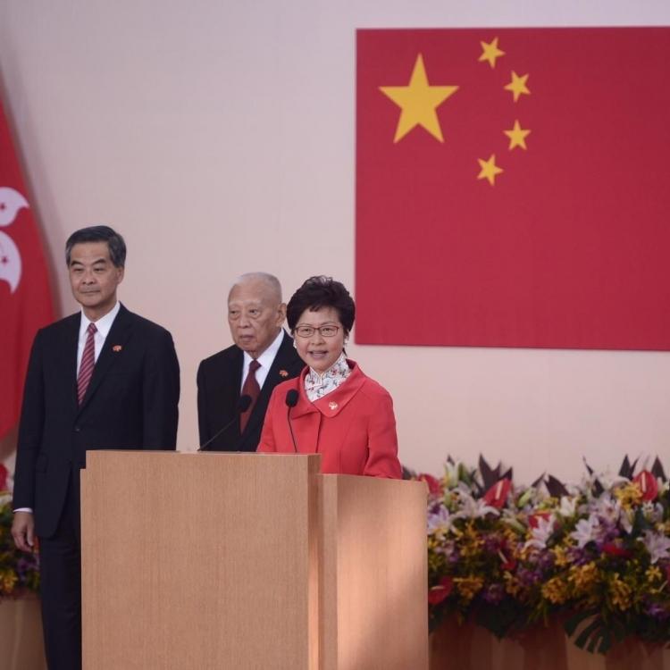 林鄭:認準方向 香港會有更好將來