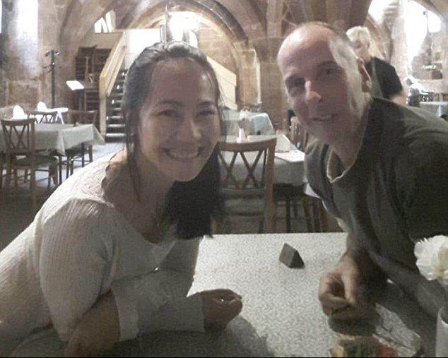 57歲潛水員戀上女護士