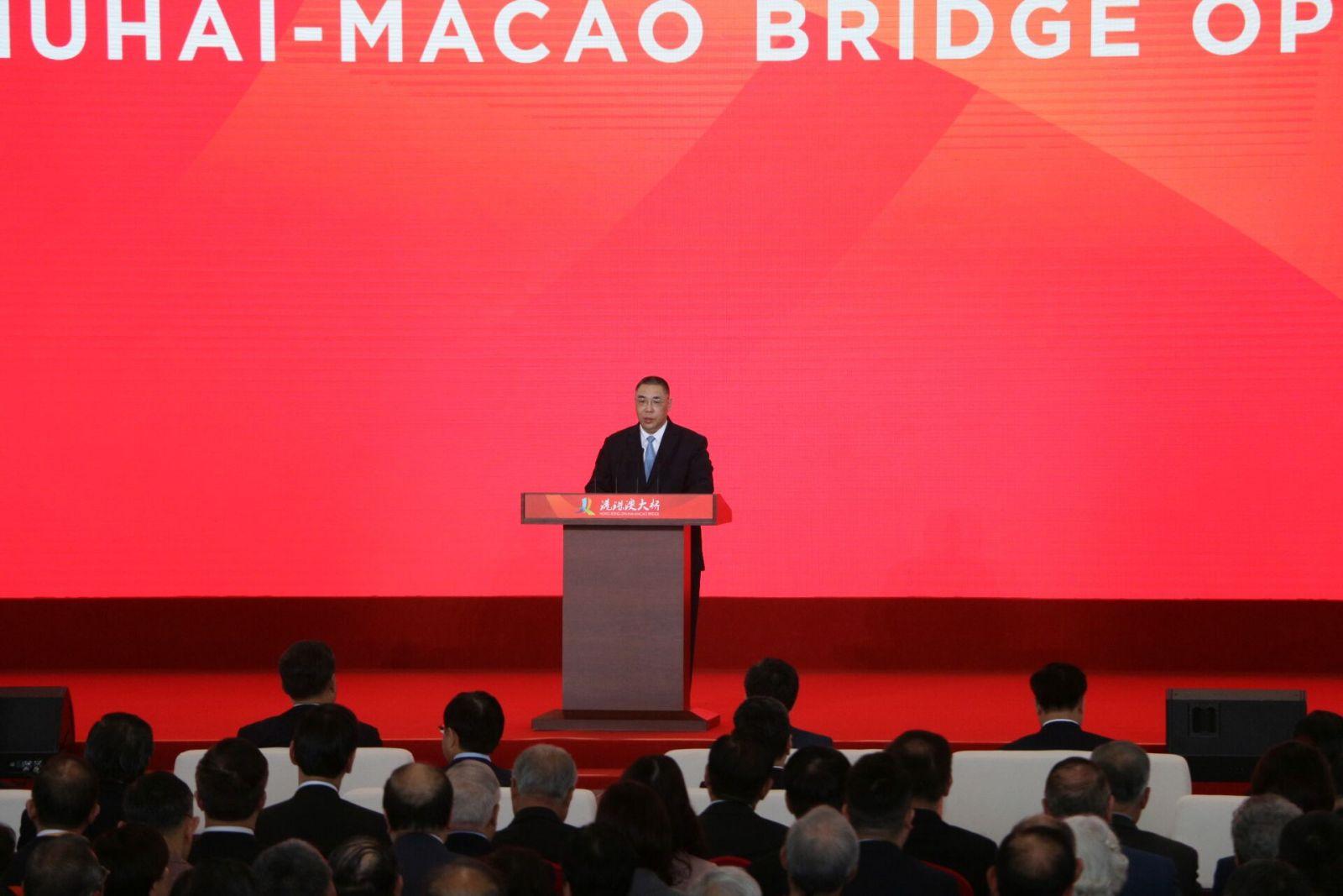 崔世安:港珠澳大橋具政治經濟社會意義