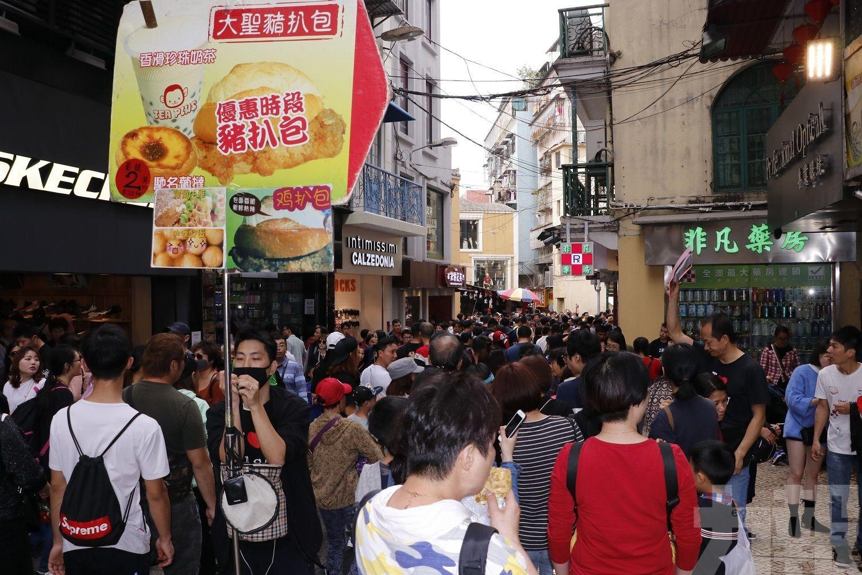 零售業略淡:遊客消費力缺