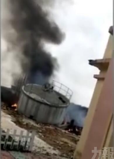 有片!解放軍戰機在海南墜毀 兩名飛行員喪生