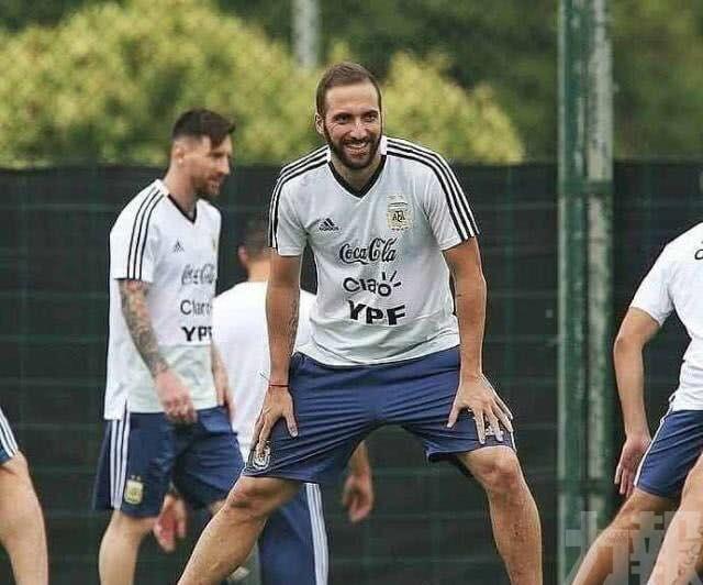 希古恩宣佈退出阿根廷國家隊