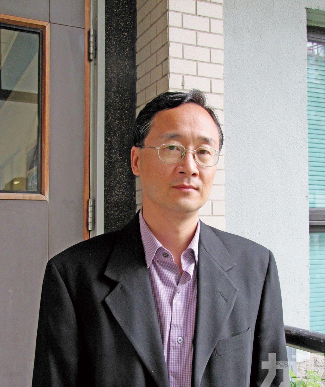 香港學者:逼中國滿足美國要求