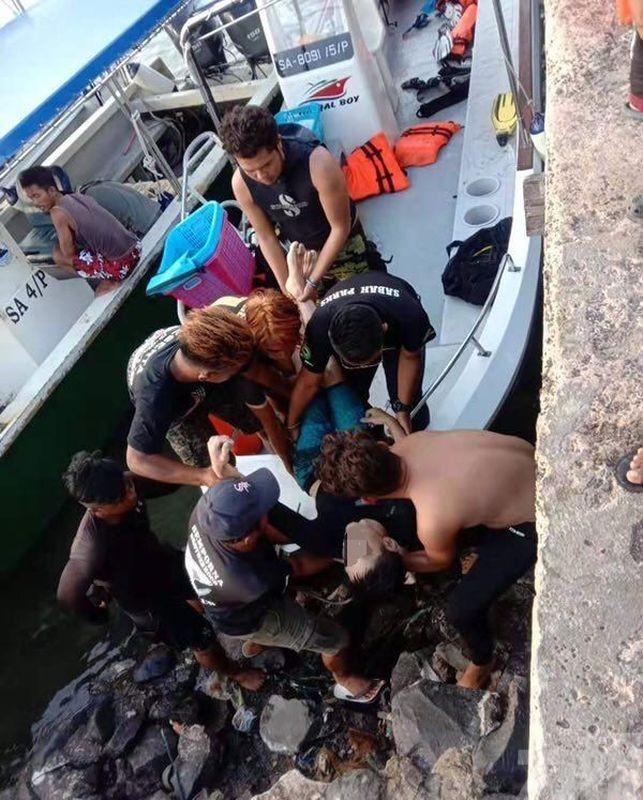 兩華客潛水被炸死 教練傷重不治