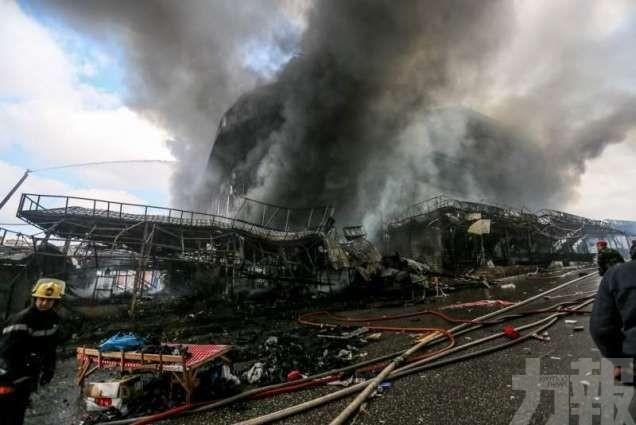 目擊者:火柱竄50米高