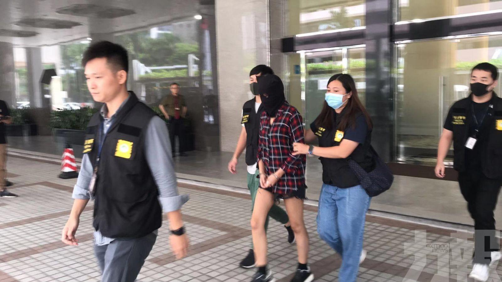 拘兩男一女香港人