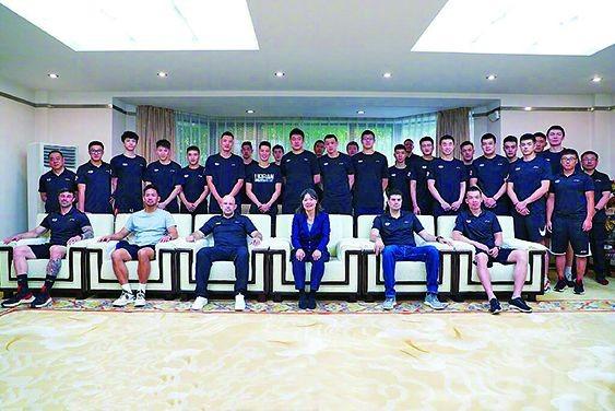 加盟北京首鋼