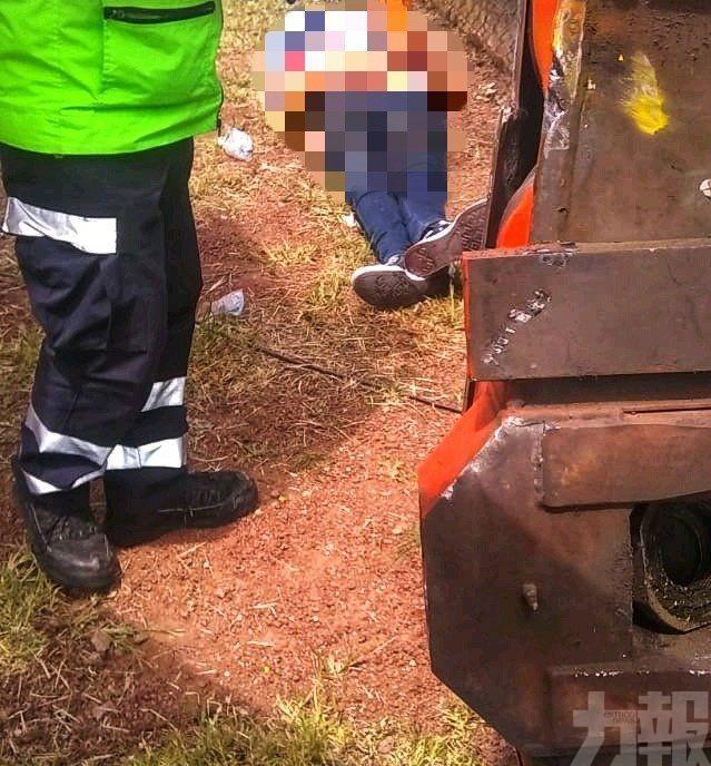有片!墨西哥遊樂場過山車出軌 2死2傷
