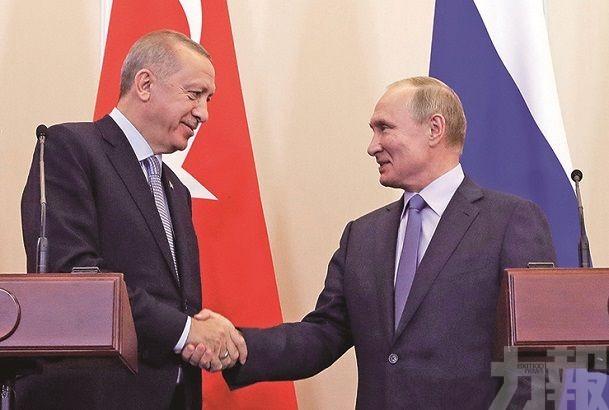 特朗普邀功卻被指向俄送禮
