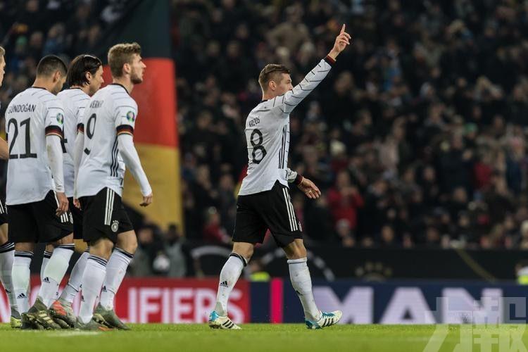 荷蘭德國齊闖歐國盃決賽周