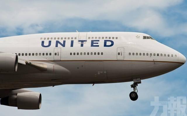 美聯航載158人客機急降新墨西哥州