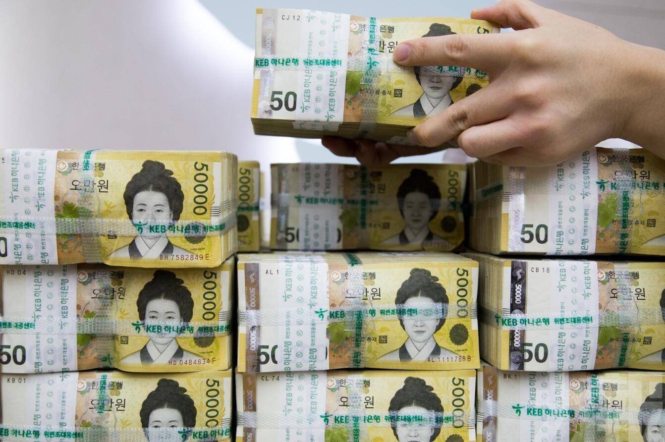瑞銀:人幣下半年目標6.7