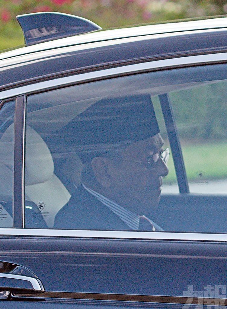 馬哈蒂爾辭任大馬總理