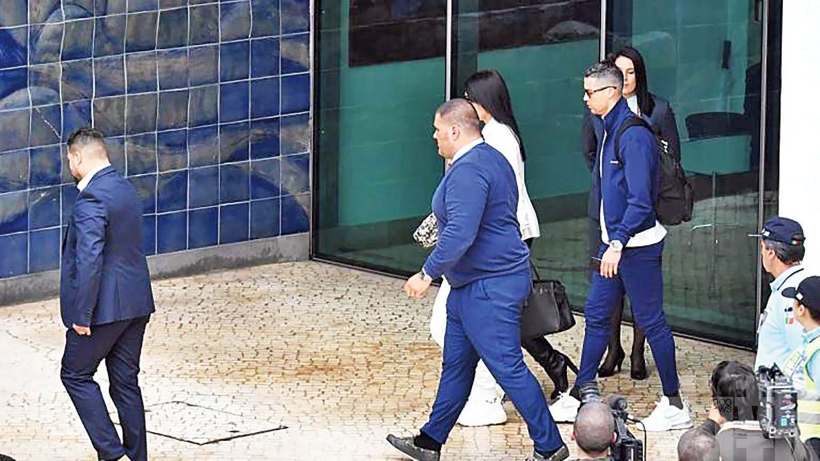 C朗趕回葡萄牙探望中風母親