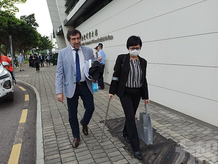 女兒及情婦等多名被告缺席延下月再審
