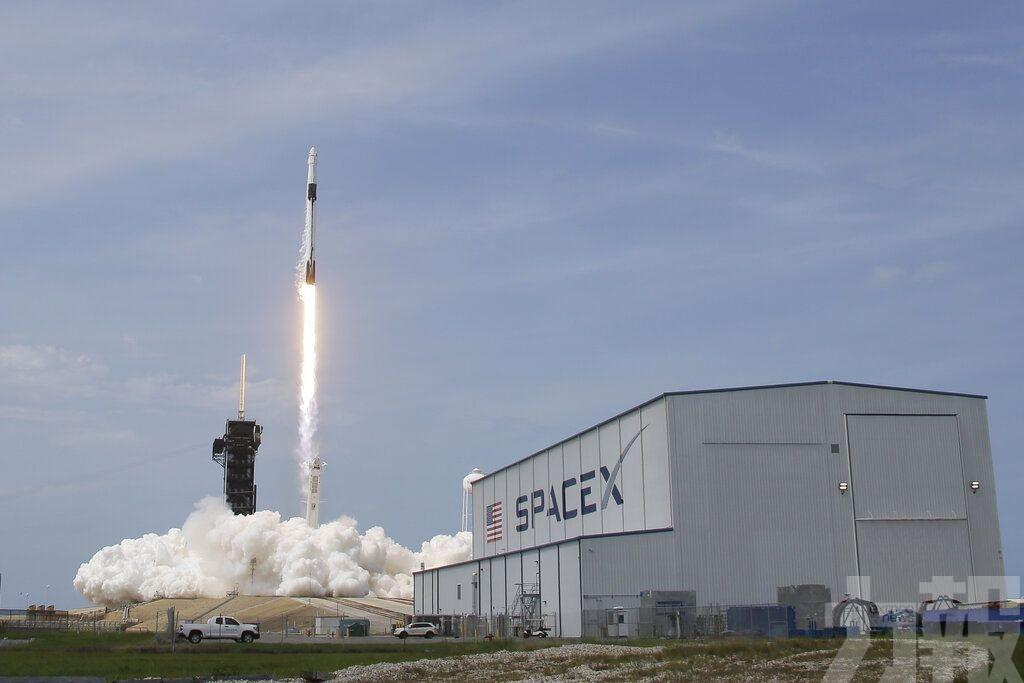 SpaceX載人「龍」飛船成功升空