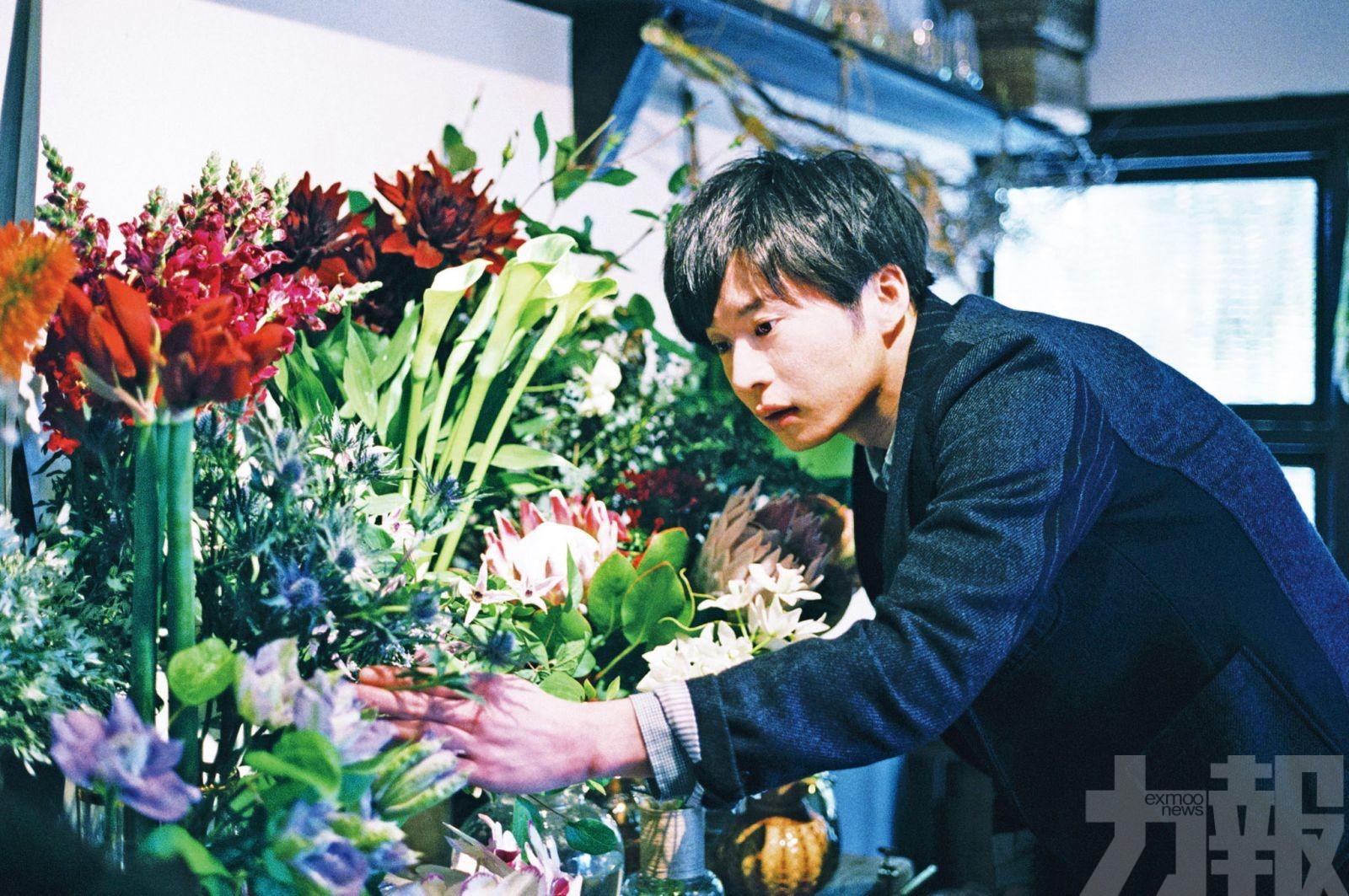 田中圭因亡母與花結緣