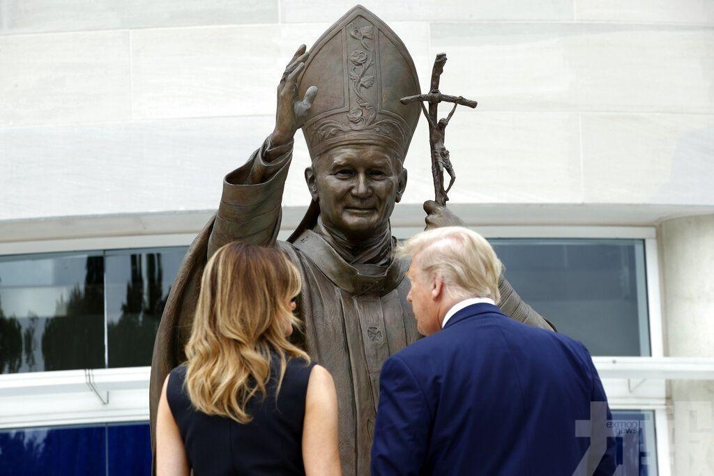 特朗普再訪宗教場所