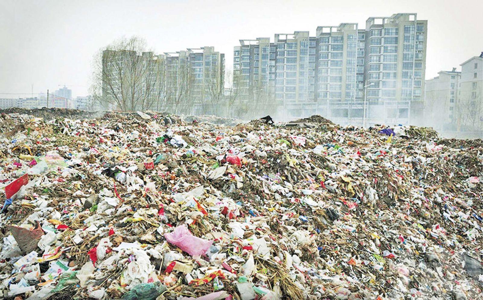 終有一日塑膠廢料圍城