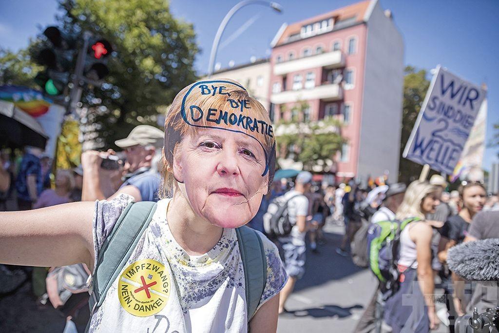 柏林萬人大遊行