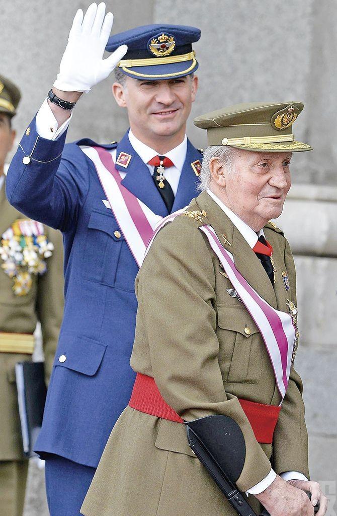 西班牙前國王流亡海外