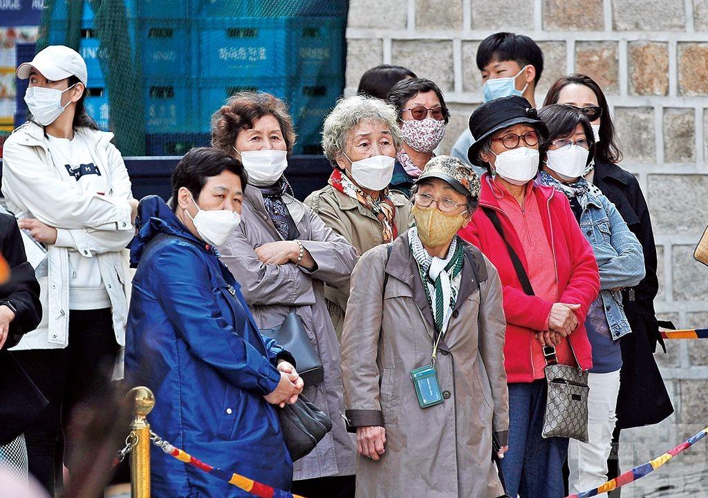 韓國仍開放長者免費打