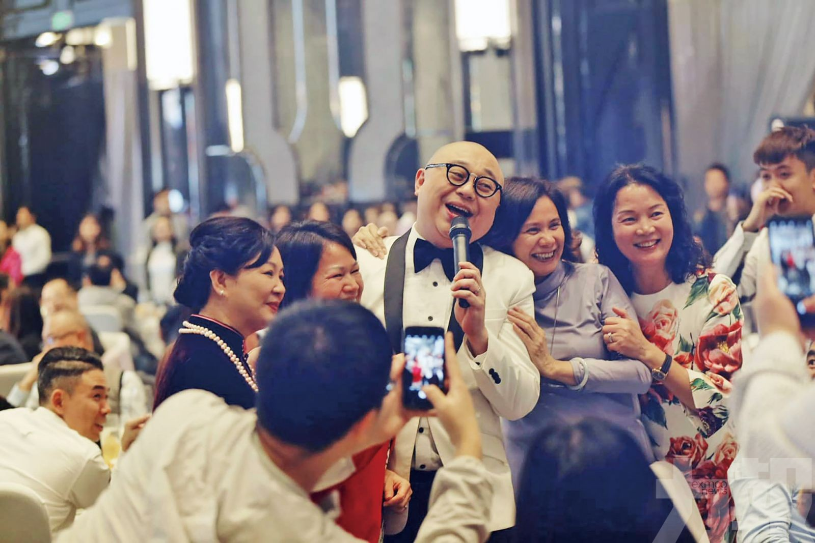 何雁詩結婚為爸爸積福