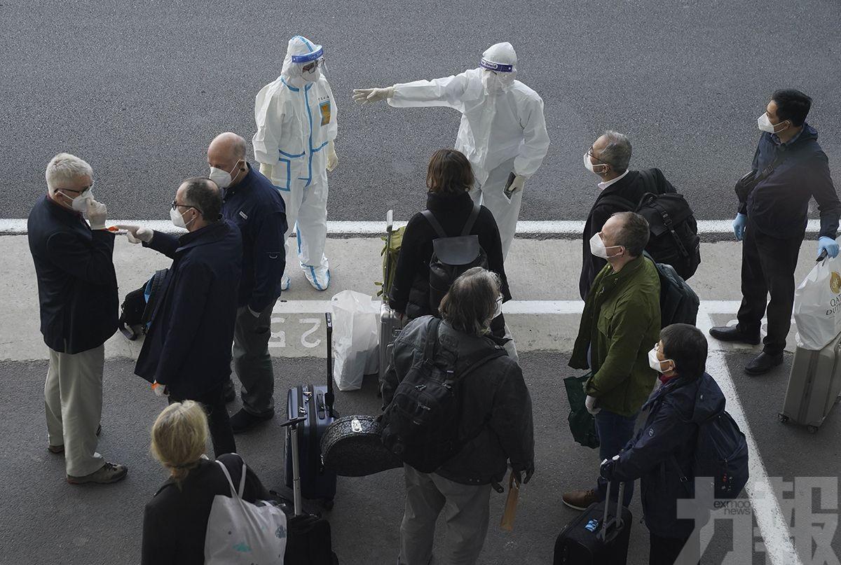 2人核檢呈陽性被拒登機