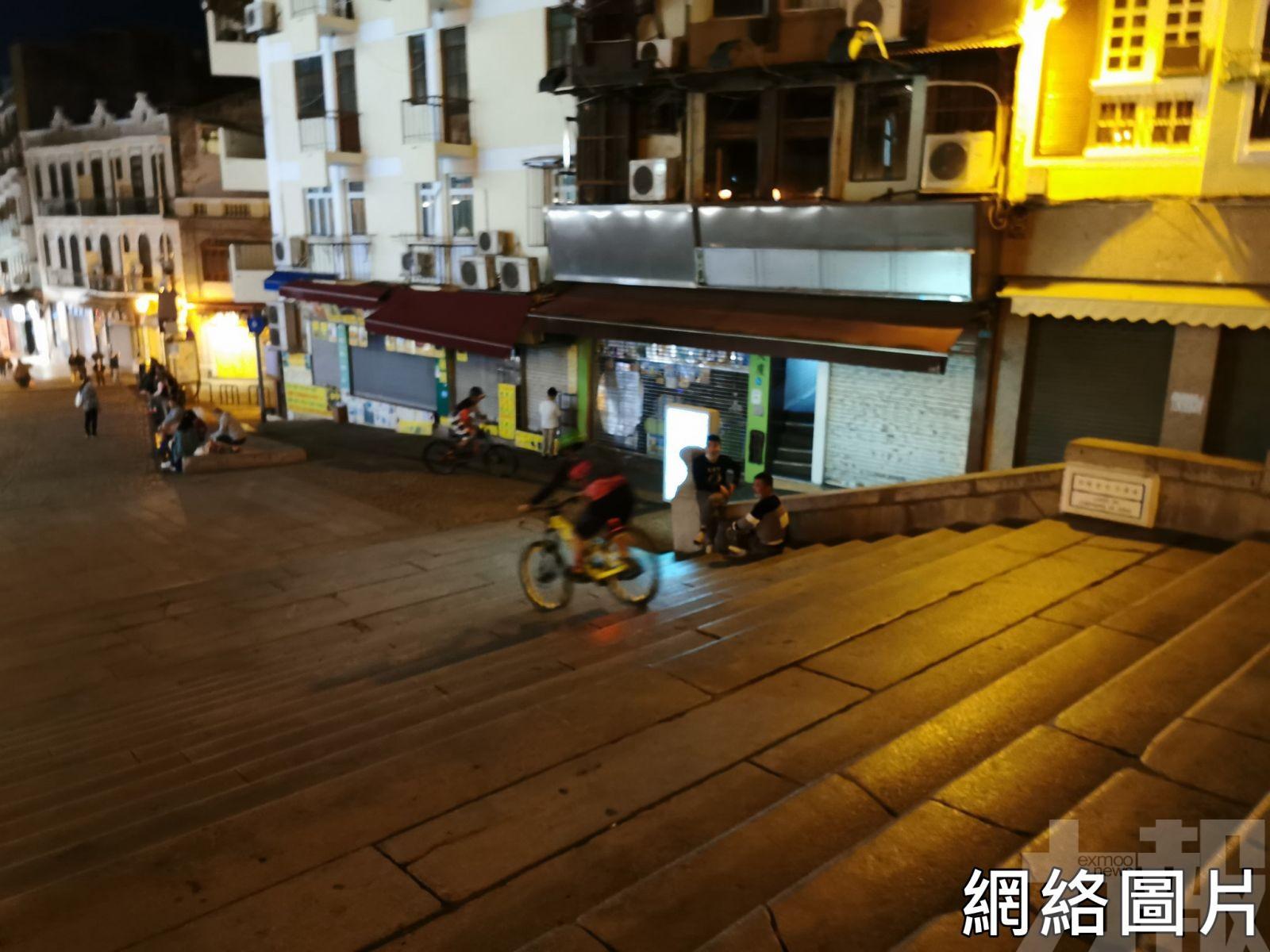 三男外僱涉大三巴駕駛單車被檢控
