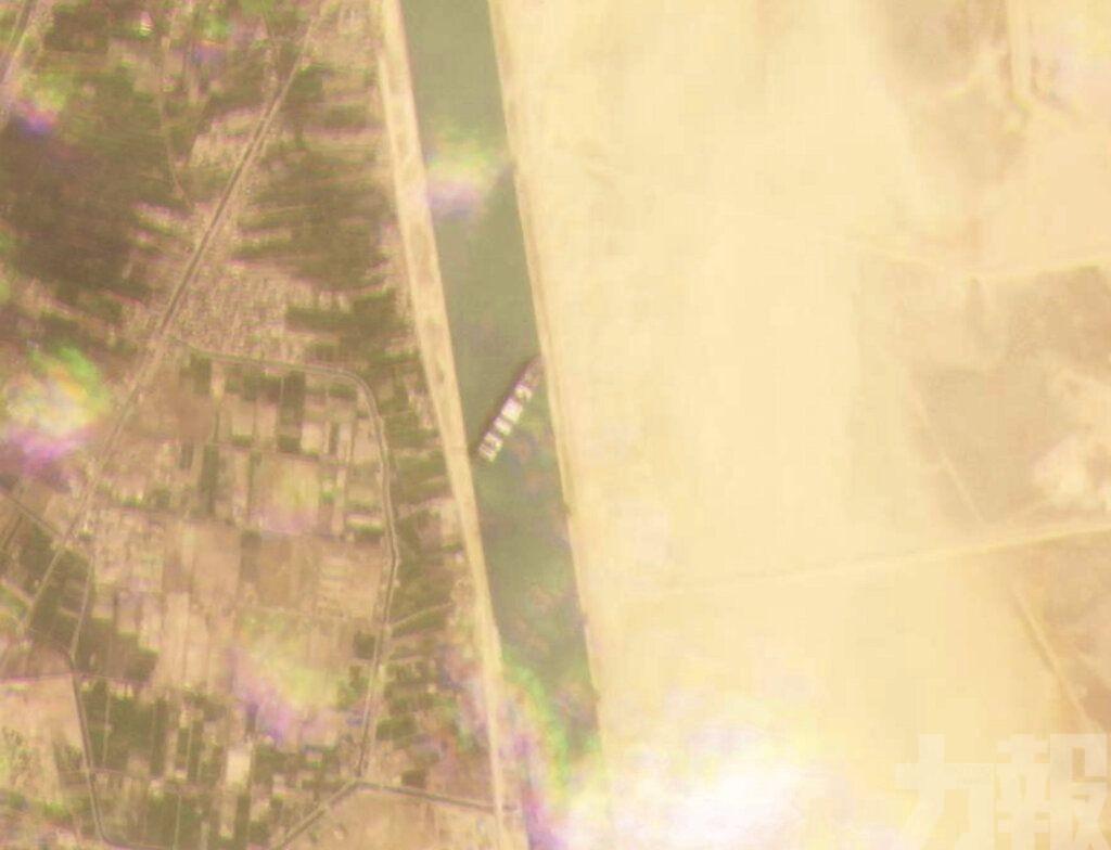 蘇彝士運河交通即將恢復