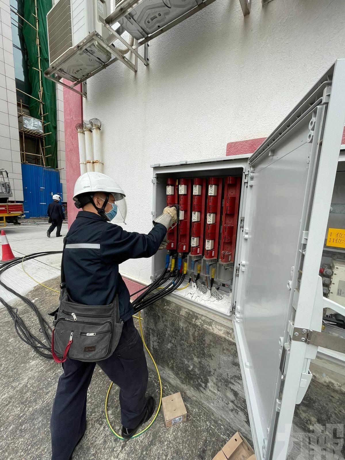 模擬斷電、颱風預報等應變工作