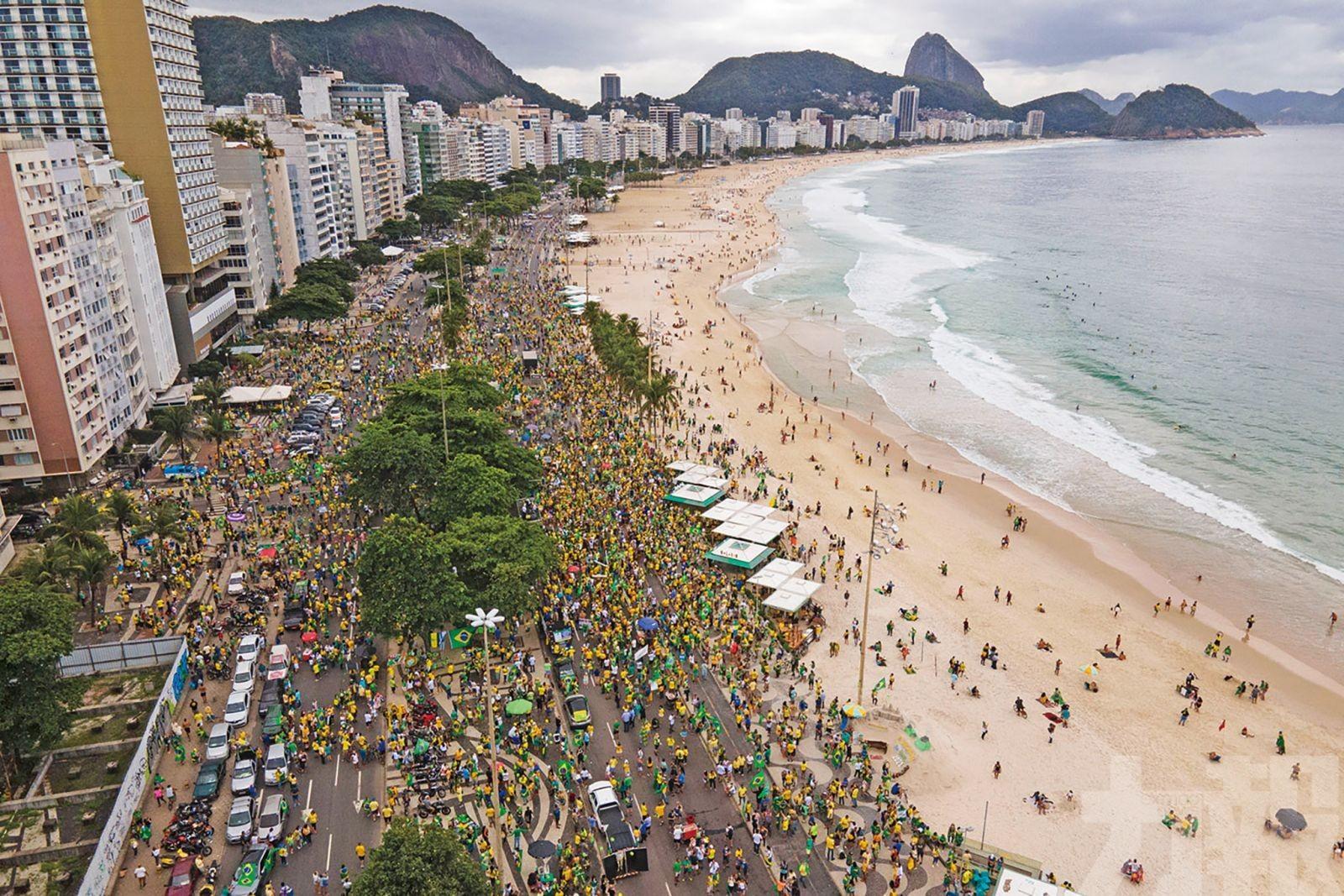 巴西數千人上街聲援右翼總統