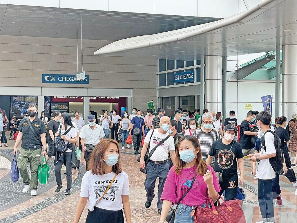 旅客:通關方便 疫情穩定
