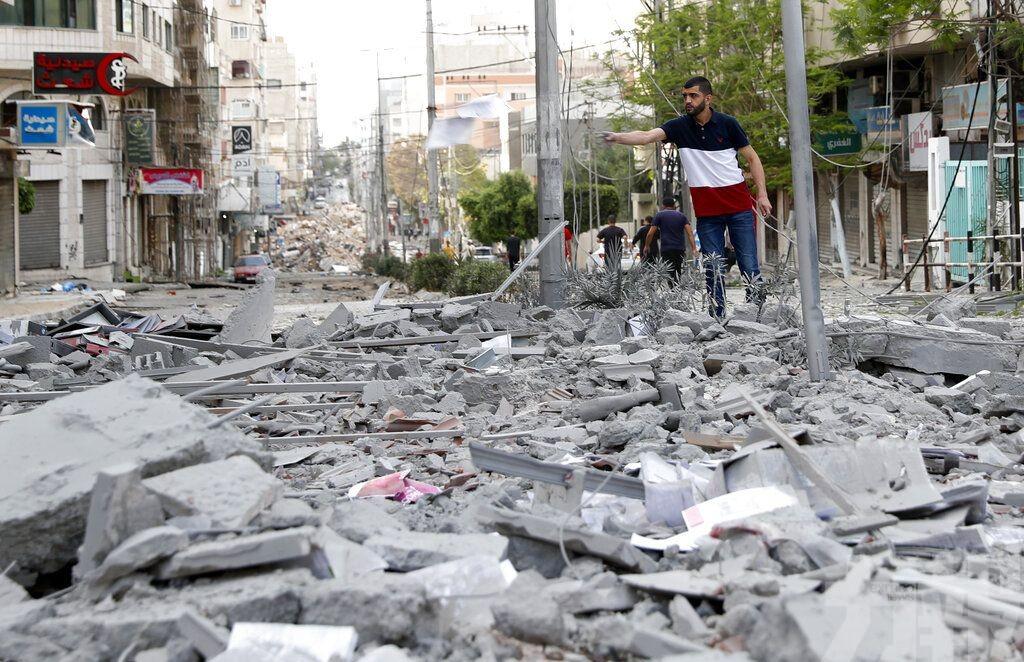 以軍空襲加沙地帶南部地道網