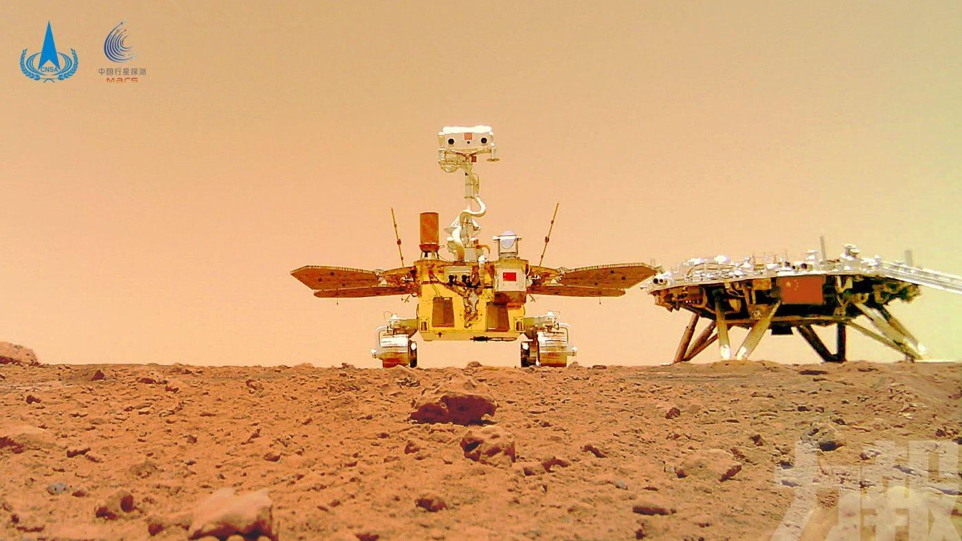 「祝融號」如何在火星上玩自拍?
