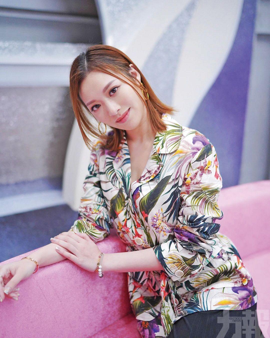 「翻版馮盈盈」參選港姐