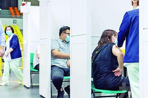 衛生局:短期內新冠疫苗存量充足