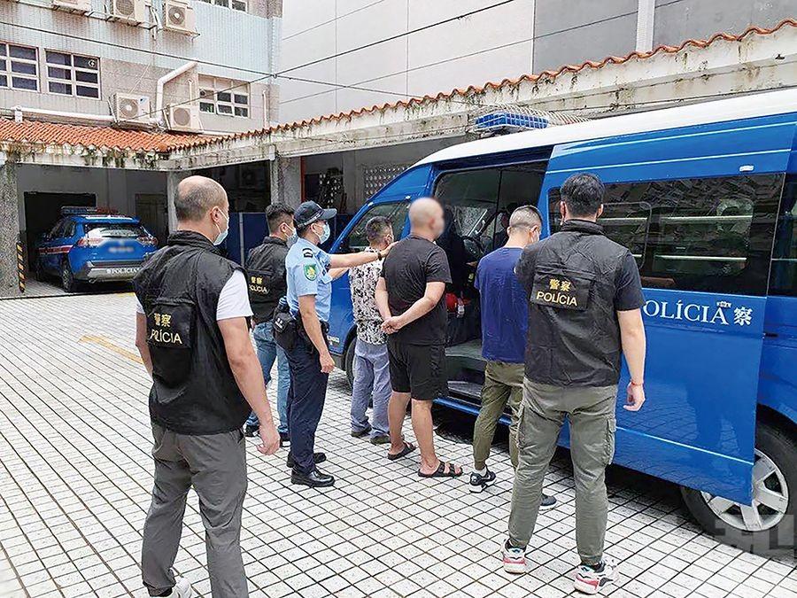 蒙古同鄉收留逾期人士同被捕