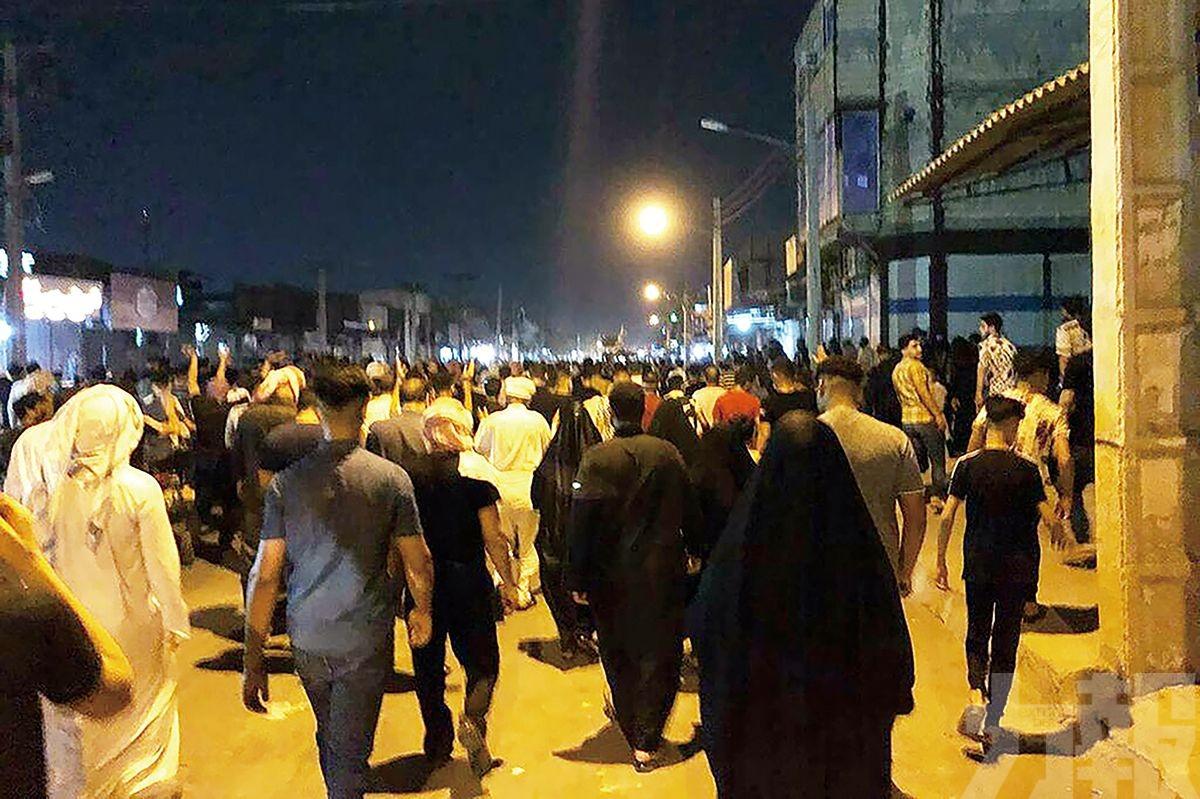 民眾示威爆衝突釀三死