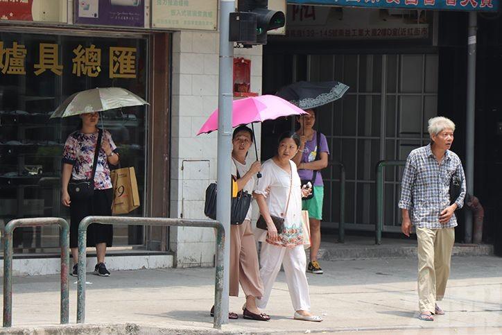 衛生局呼籲市民慎防中暑