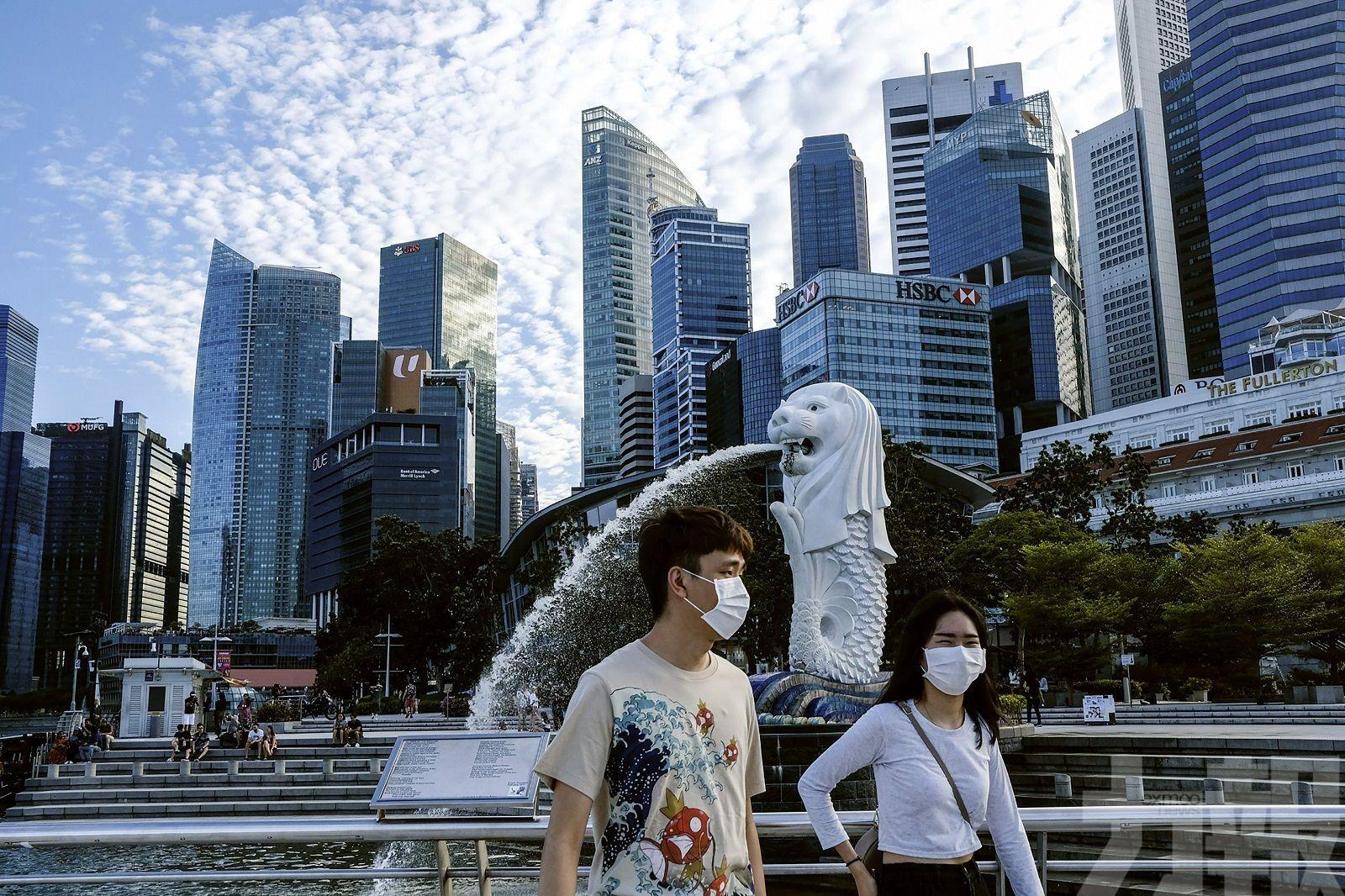 新加坡央行三年來首度收緊貨幣政策
