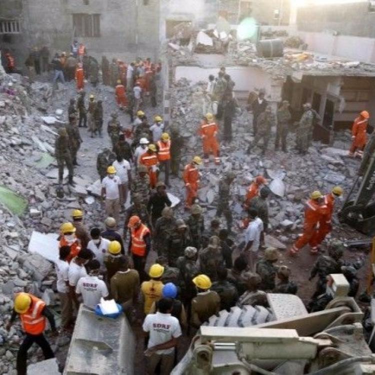 印度婚禮現場氣體爆炸18死