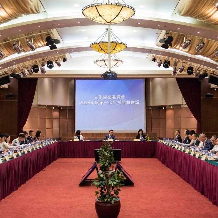 譚俊榮:政府博企可推藝術品消費市場