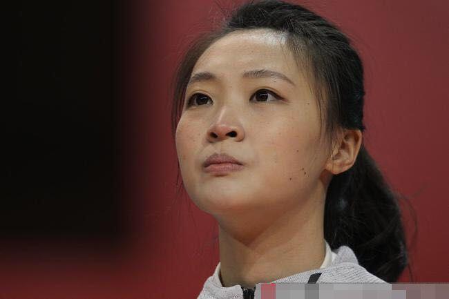 女排名將惠若琪退役