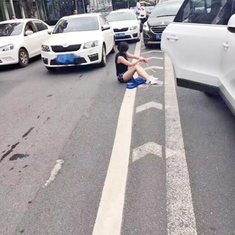 成都轎車追撞揭綁架案