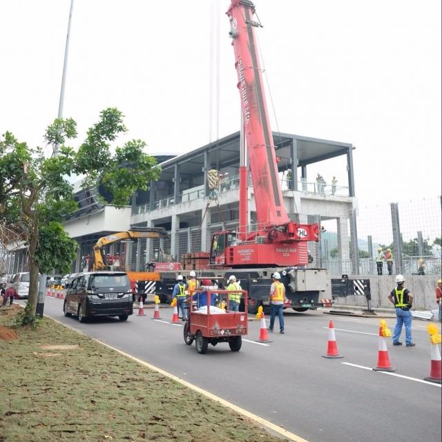 西灣橋往氹仔地下車道繼續封閉