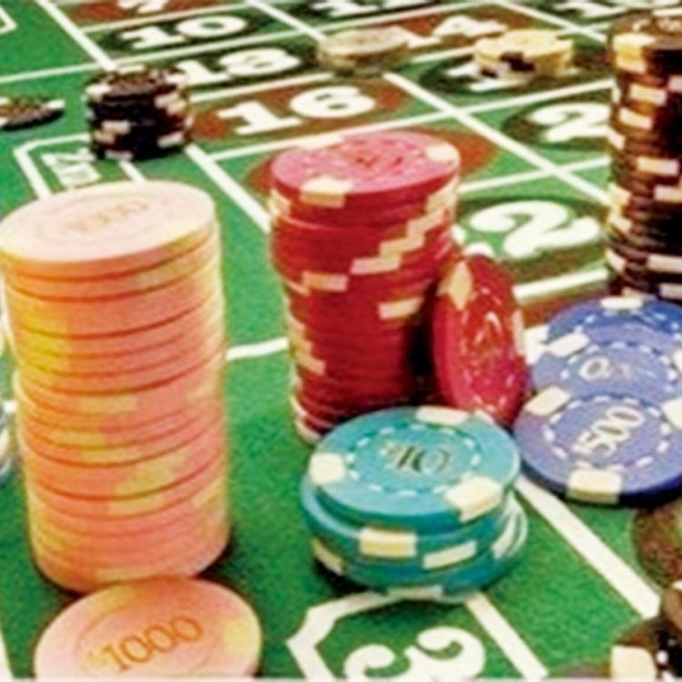私挪僱主款項 賭敗被揭遭拘捕