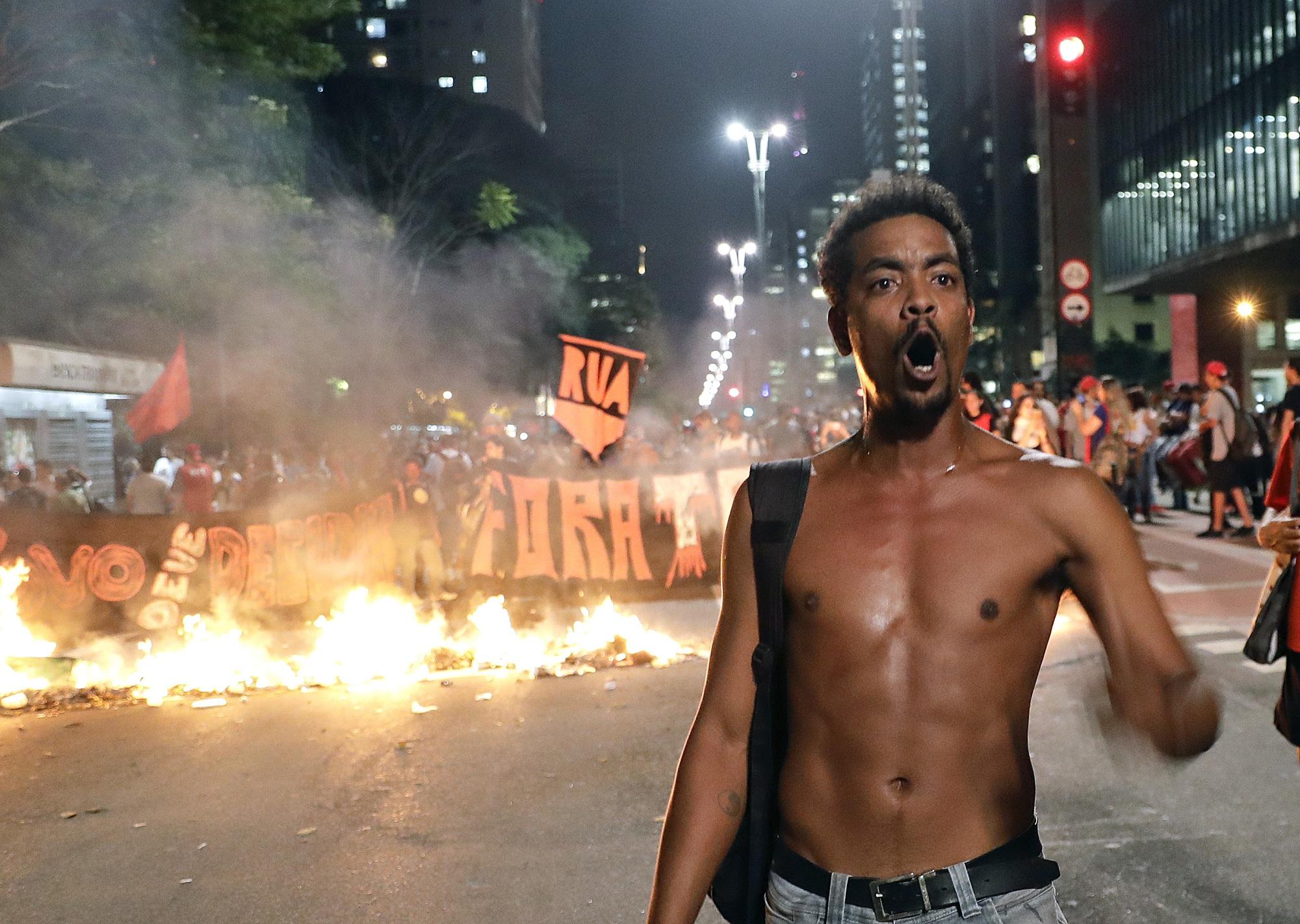 巴西總統羅塞夫出席彈劾案自辯