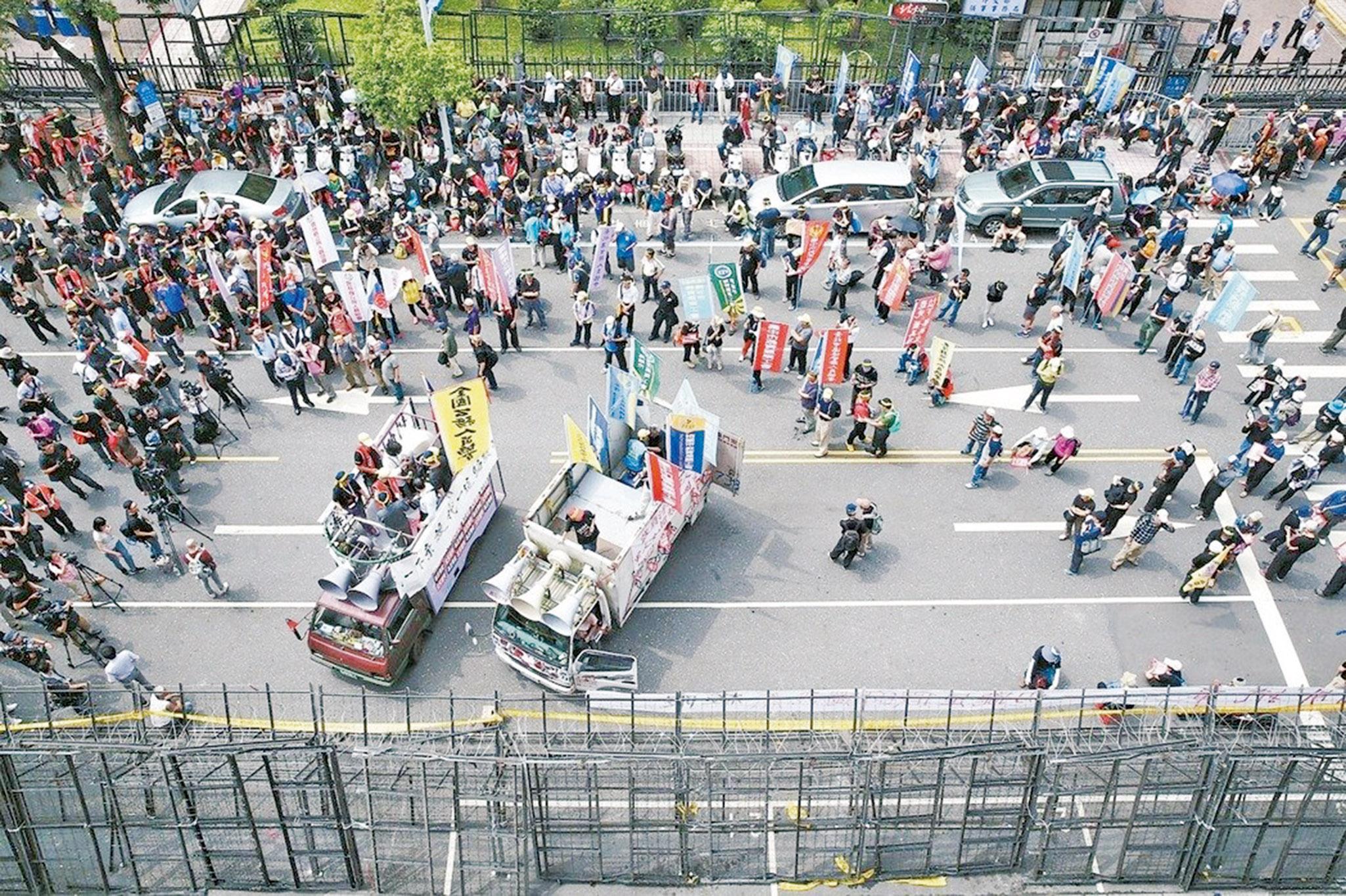 蔡英文:暴力不能阻擋改革