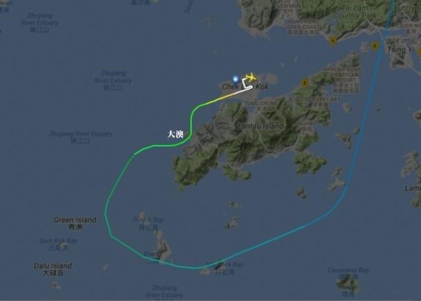 國航飛機在香港險撞山